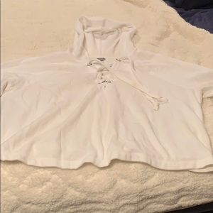 Long sleeve white jumper